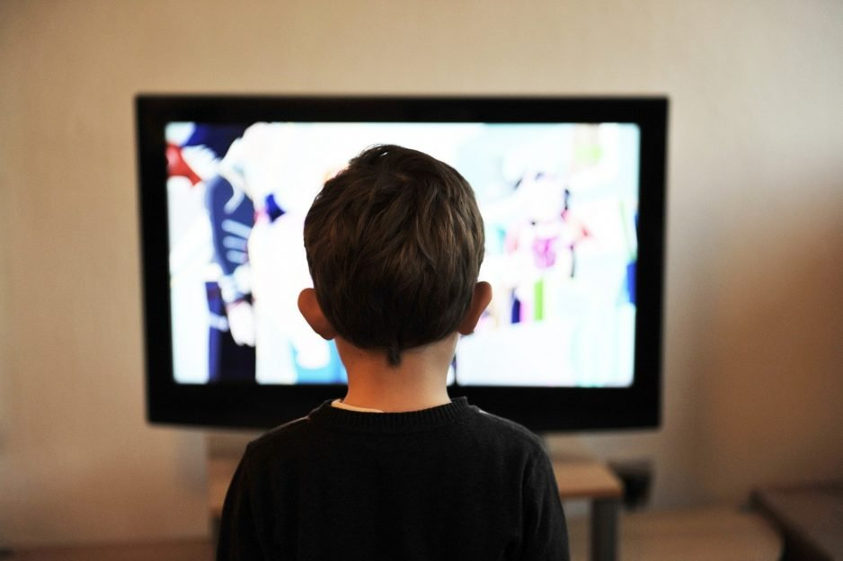 watching tv, audience engagement